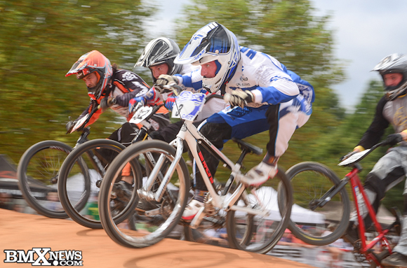 Vote for Shan Hatfield - SE Bikes in the BMX News Photo Trophy Dash