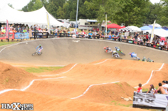 Vote for Connor Fields - Chase BMX/Monster Energy in the BMX News Photo Trophy Dash