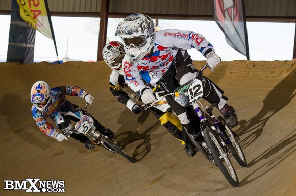 Vote for Seth Michalowski in the BMX News Photo Trophy Dash