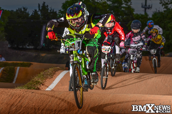 Vote for Spencer Cole in the BMX News Photo Trophy Dash