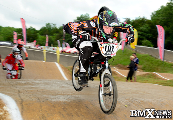 Vote for Bubba Harris in the BMX News Photo Trophy Dash June 2013